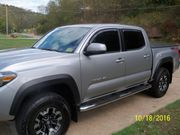 2016 Toyota Tacoma TRD Off-Road Crew Cab Pickup 4-Door